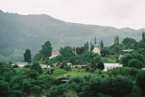 Views along the Whanganui River Road, Jerusalem (Hiruharama), New Zealand