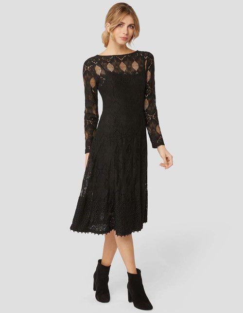 6be10860d18 Ein Kleid für wirklich jeden Anlass  Das schwarze Midi-Dress mit  Spitzenelementen ist schick