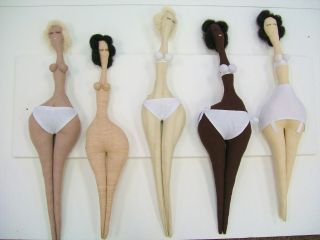 Curvy dolls  by saracawdell.co.uk  *Love the idea, but I'd add arms. And do another series with big tops to match teh bottoms.