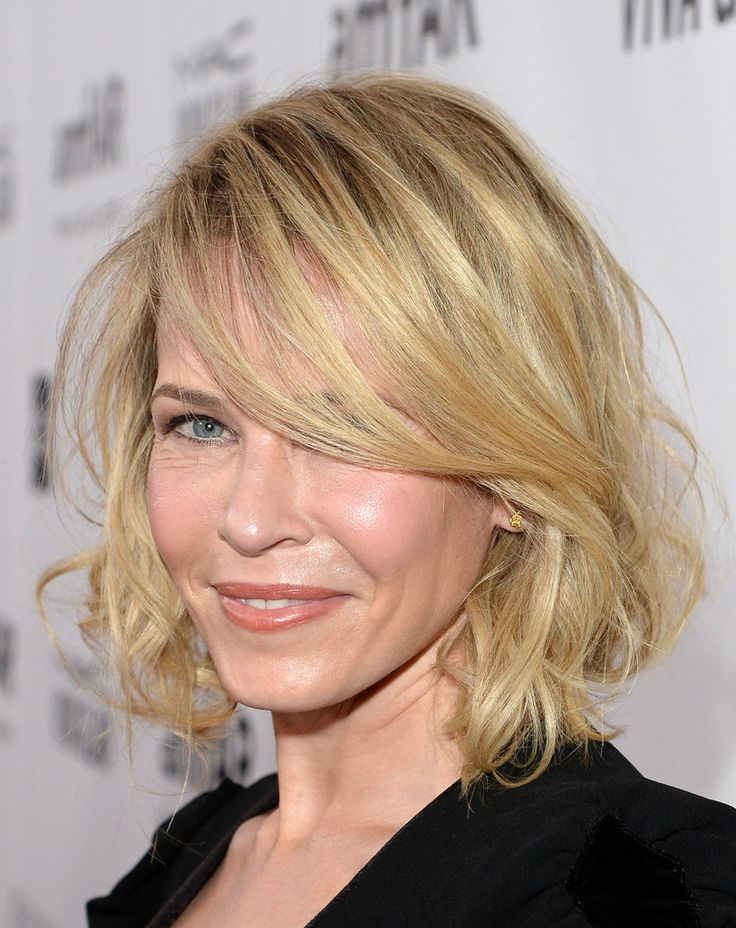 Chelsea Handler went for a romantic look with this messy faux bob when she attended the amfAR Inspiration Gala.