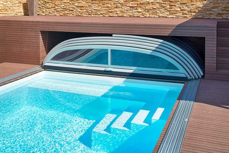 Bilder & Fotos von Pools, Swimmingpools und Schwimmbecken