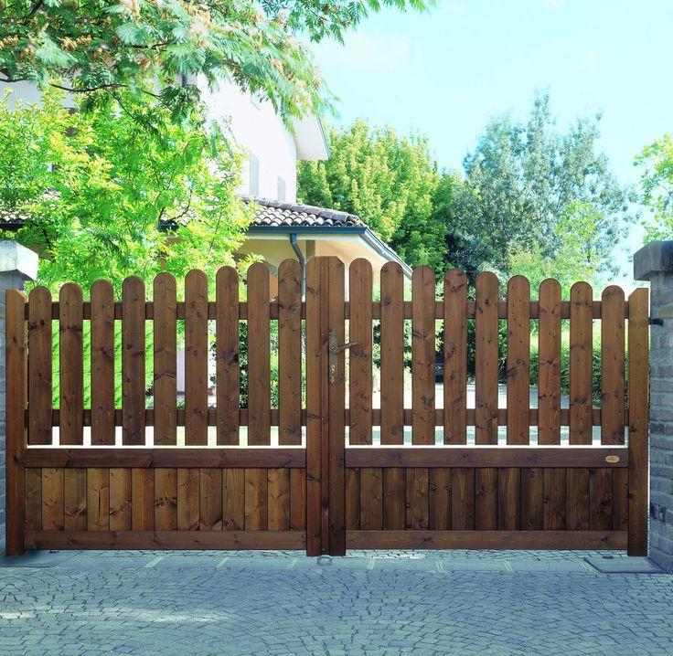 Oltre 25 fantastiche idee su cancelli di legno su - Staccionate in legno per giardini ...