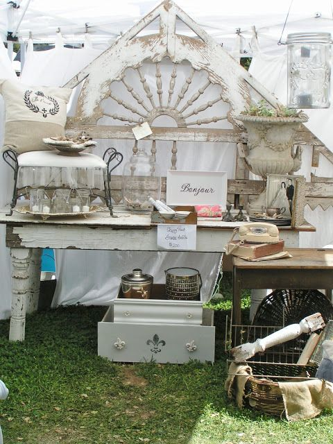 Blossoms Vintage Chic: Vintage Marketplace