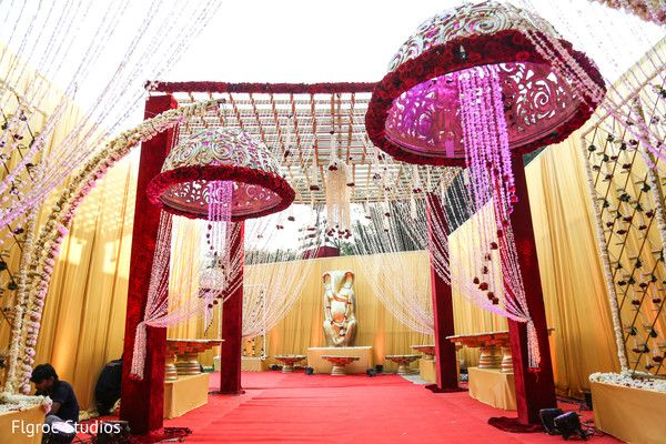 Floral & Decor http://www.maharaniweddings.com/gallery/photo/42109