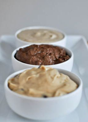 Snickerdoodle, Peanut Butter Chocolate, and Double Chocolate Fudge Cookie Dough Dips | howsweeteats.com