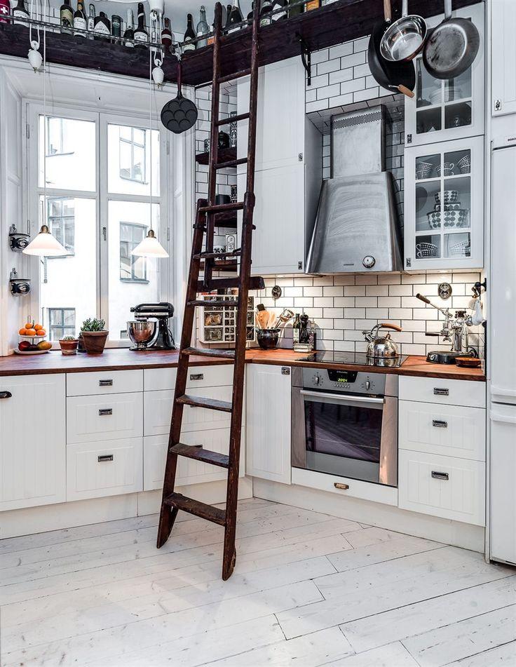 Een mix van oud en nieuw in een appartement in Stockholm - Roomed   roomed.nl