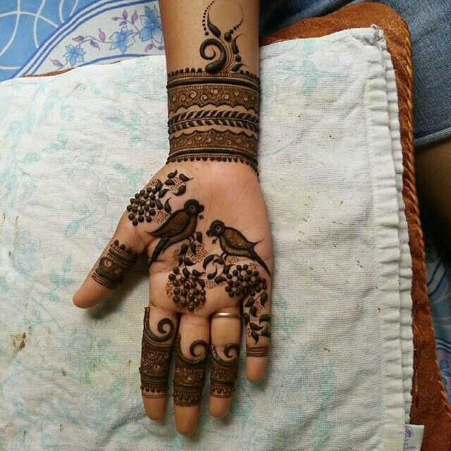 Yet another design twist #mehendi