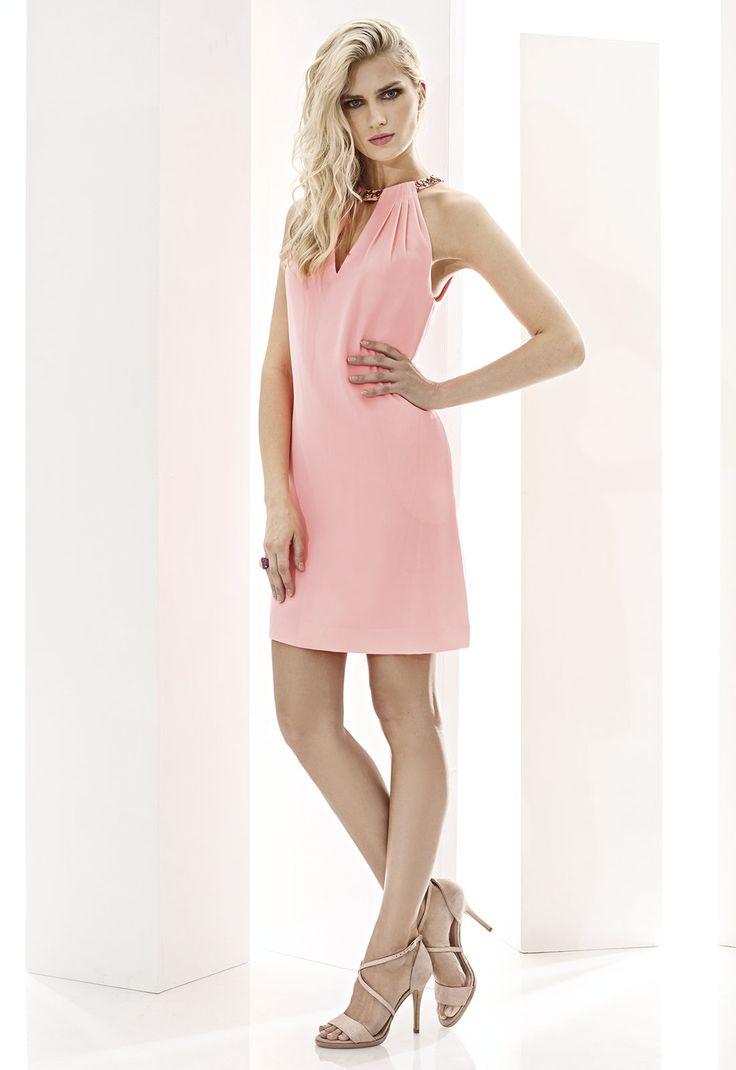 CABOTINE ESSENTIAL 07465  Vestido corto en crepé con escote halter y especial…