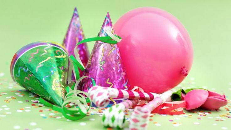 #havaifisek #parti #konfeti #balon Partilerdeki Sihirli Peri Sizlerin sevdikleriniz ve ailenizle beraber unutulamayacak partiler ve anlar yaşamanız için ideal süslemelerle gecenize vazgeçilmezlik hissiyatı sunmayı başarıyor..  http://www.partiperisi.net/kategori/parti-urunleri/partilerdeki-sihirli-peri.html