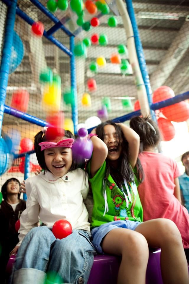 4 Fun Bangkok Restaurants for Kids - Kid-friendly restaurant at the  Funarium, Bangkok