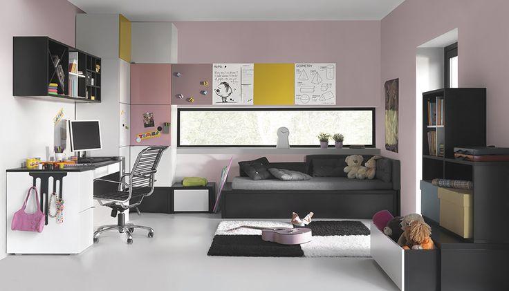 O camera feminina si frumoasa, dar si foarte bine organizata si usor de personalizat.  Brand: Young Users by VOX