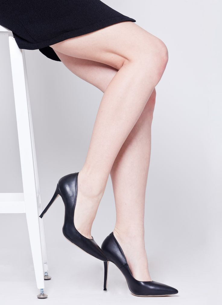 SZPILKI CZÓŁENKA CZARNE I HEELS BLACK CLASSIC I  MONASHE.PL - Sklep online z modną odzieżą. Bluzki, sukienki, torebki, obuwie, akcesoria.