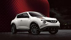 Nissan JUKE® S shown in Pearl White with optional equipment.