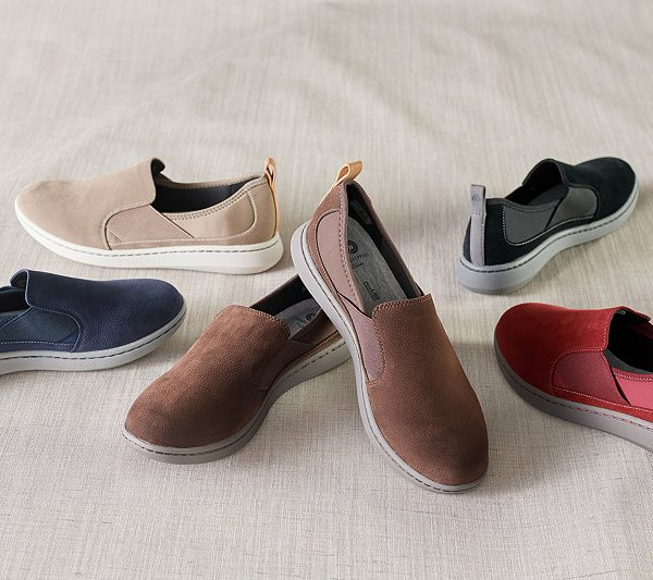 CLOUDSTEPPERS by Clarks Slip-on Shoes