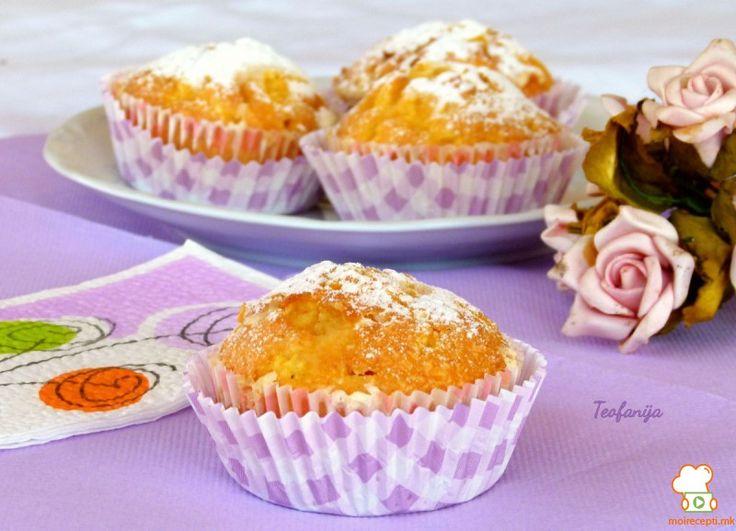 Сочни мафини со ананас и кокос - Moirecepti