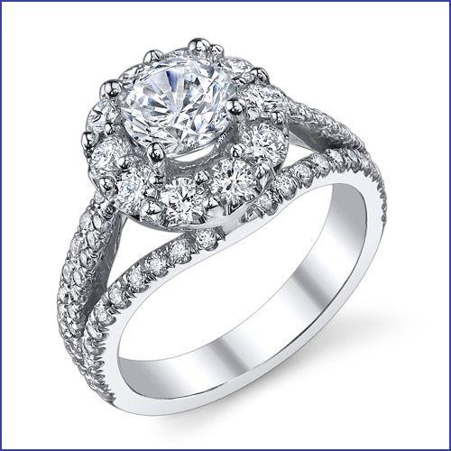 #VeryUniqueHaloDiamondRing http://www.bloomingbeautyring.com/new-ring-designs/