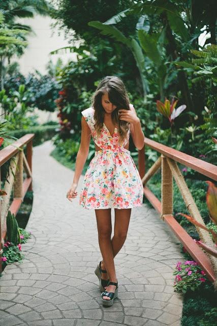 Tea Time: Hawaii Outfit 6 - Twenties Girl Style