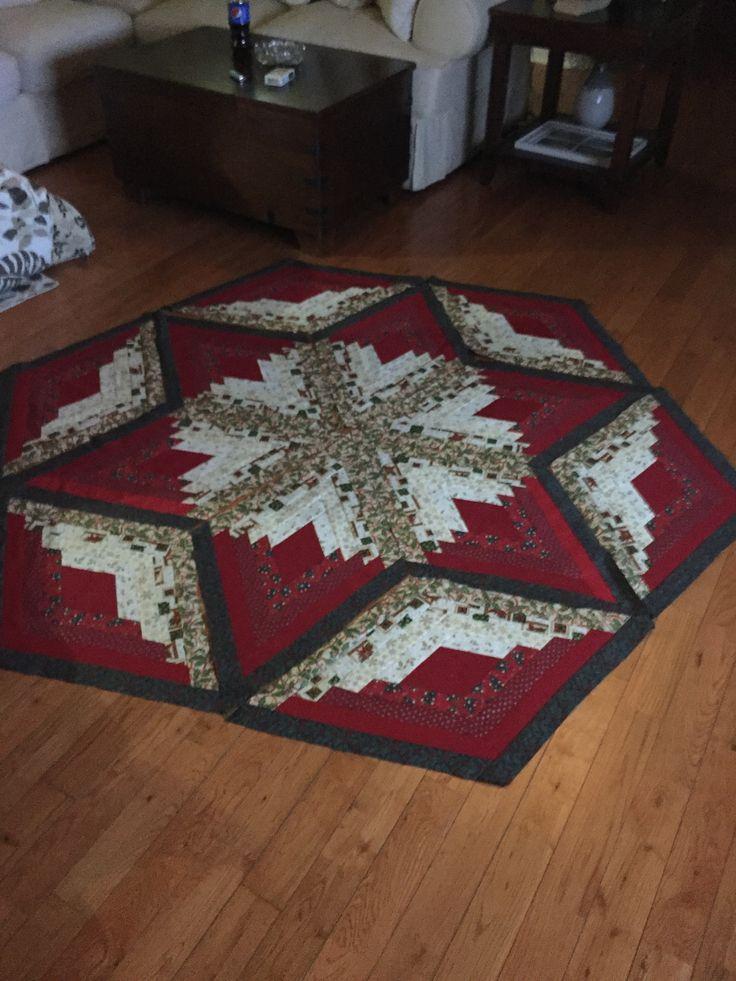 Eleanor Burns Diamond Log Cabin pattern Christmas Tree Skirt or Quilt