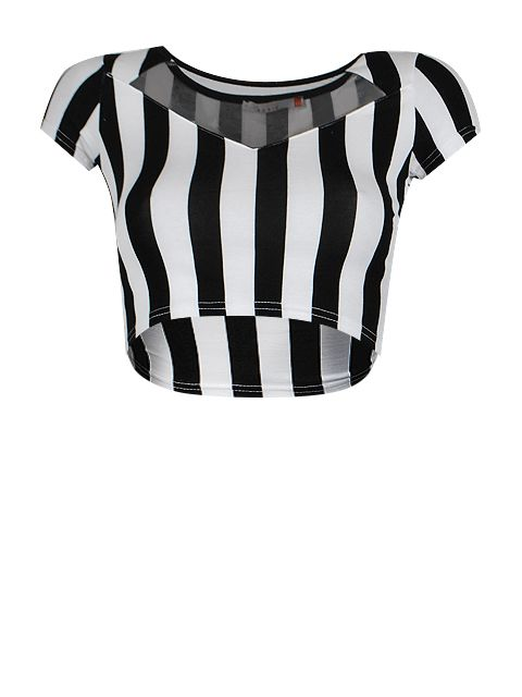 Bardzo krótka bluzeczka o dopasowanym kroju z dekoltem łódka i krótkim rękawem. Bluzka w pionowe pasy w kolorze czaro - białym z przodu z ozdobną wstawką z czarnej siateczki.