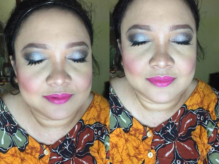 #mua #makeupartist #makeupartistmedan #makeupmedan #muaindo #makeupwisuda #makeuppesta #makeupnikah #makeupwedding #makeupprom #makeuptunangan #makeupresepsi #exploremedan #makeupbridal