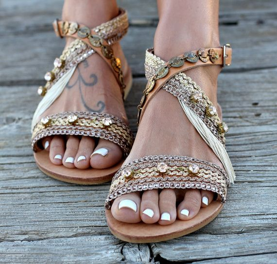 "Sandalias de cuero artesanales, hecho a mano del griego cuero sandalias, cristales Swarovski, sandalias ""Cloelia"""