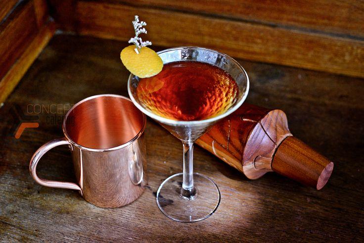 Виски, выдержанный ром, Мартини россо, Битер ангастура, сироп корицы, цедра апельсина.  Разработка тематической коктейльной карты.  #bar #cocktails #drinks #mixdrinks #коктейли #бар #кейтеринг #concept #conceptcatering