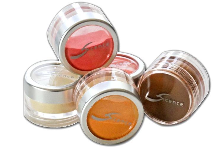 met deze gekleurde acrylpoeders maak je de mooiste nagels.http://www.the-nailcompany.nl/shop/nagelproducten-color-acryl-15.htm