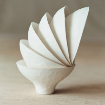 disposable japanese paper cups made from recycled left over sugar cane and reeds fibre