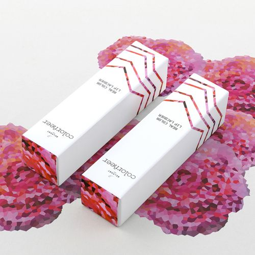 Perfect balance between color and the crisp white. Package your next product with a similar white such as Neenah's Royal Sundace Ultra White. Get free samples (up to 4) of this and other Neenah Packaging Papers here: http://www.neenahpackaging.com/resources/sampleselector