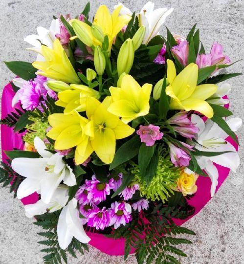 Ramo de flores para regalar en zamora ramos de flores - Ramos para regalar ...