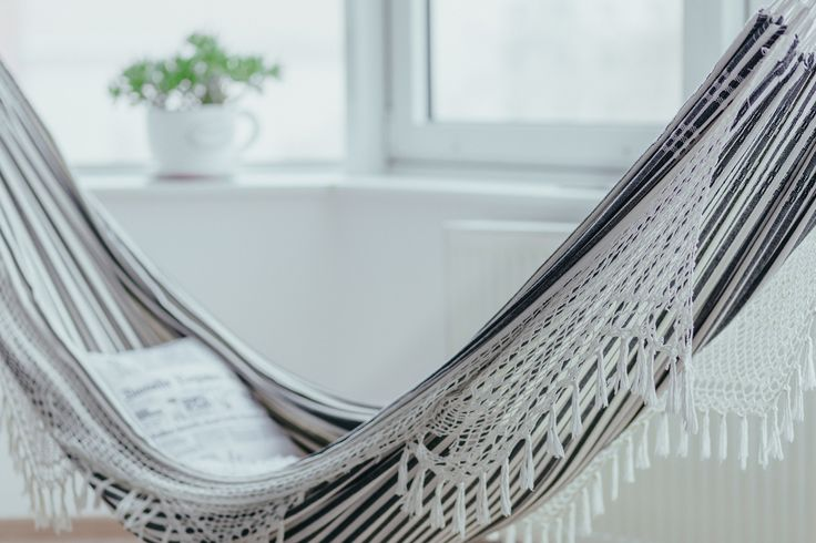 https://flic.kr/p/R11G9f | An indoor hammock | Get more HR free photos on freestocks.org