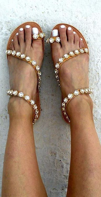 19202cc242b8  25.99 USD Women PU Rhinestone Flat Heel Sandals Flip Flop Style Large Size