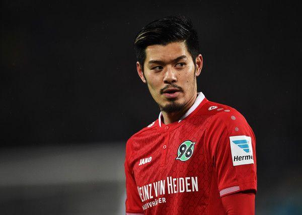 Hotaru Yamaguchi Photos Photos: Hannover 96 v VfL Wolfsburg - Bundesliga