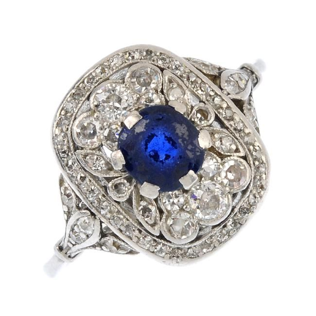 www.liveauctioneers.com item 52002466_an-edwardian-platinum-sapphire-and-diamond-ring-the