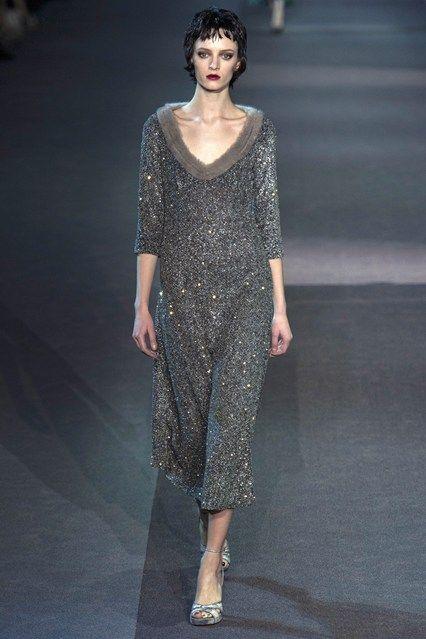 Louis Vuitton - www.vogue.co.uk/fashion/autumn-winter-2013/ready-to-wear/louis-vuitton/full-length-photos/gallery/952385