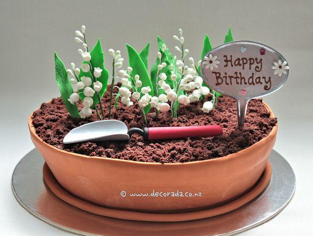 Pastel de cumpleaños en forma de macetero!!!!