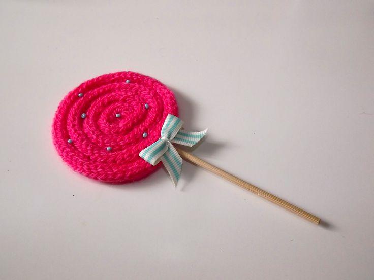 Sucette au tricotin pourNoël | L'heure Créative