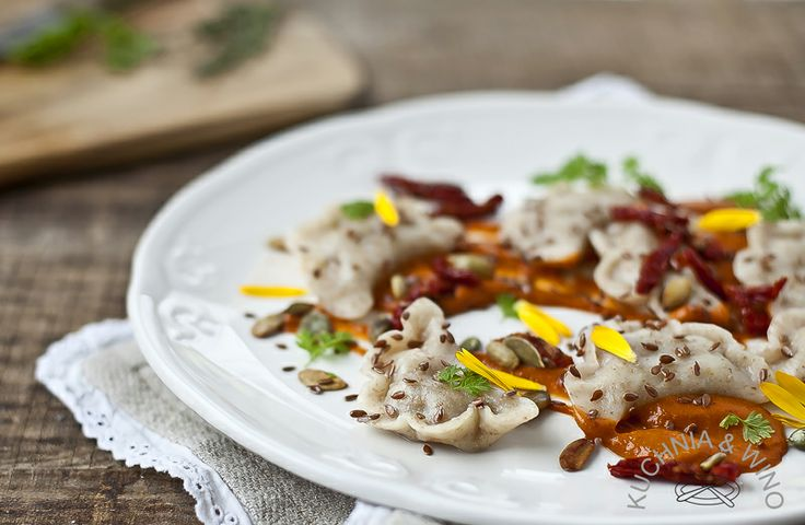 Dumplings wrapped with oyster mushrooms, walnuts, cheese, dried tomato mousse