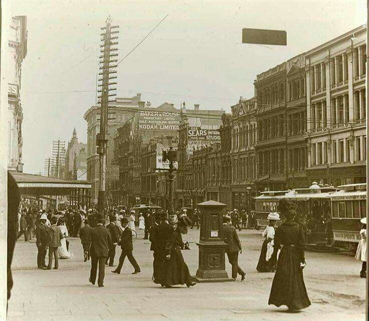 Collins St,Melbourne in Victoria in 1890.