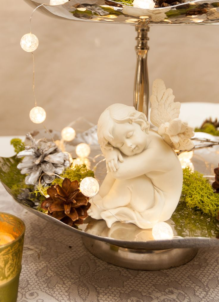 Magical ivory-like angels ready for the unique yearly Christmas table of yours!