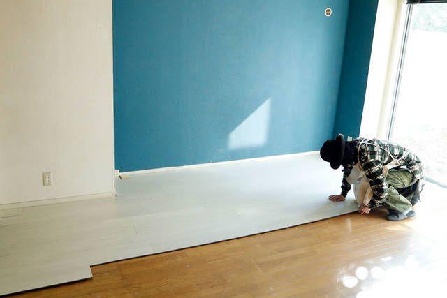 置くだけ 床の表情が見違えるデコリカクリック 床 フローリング