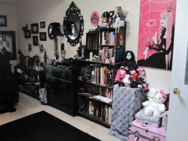 a goths bedroom. Interior Design Ideas. Home Design Ideas