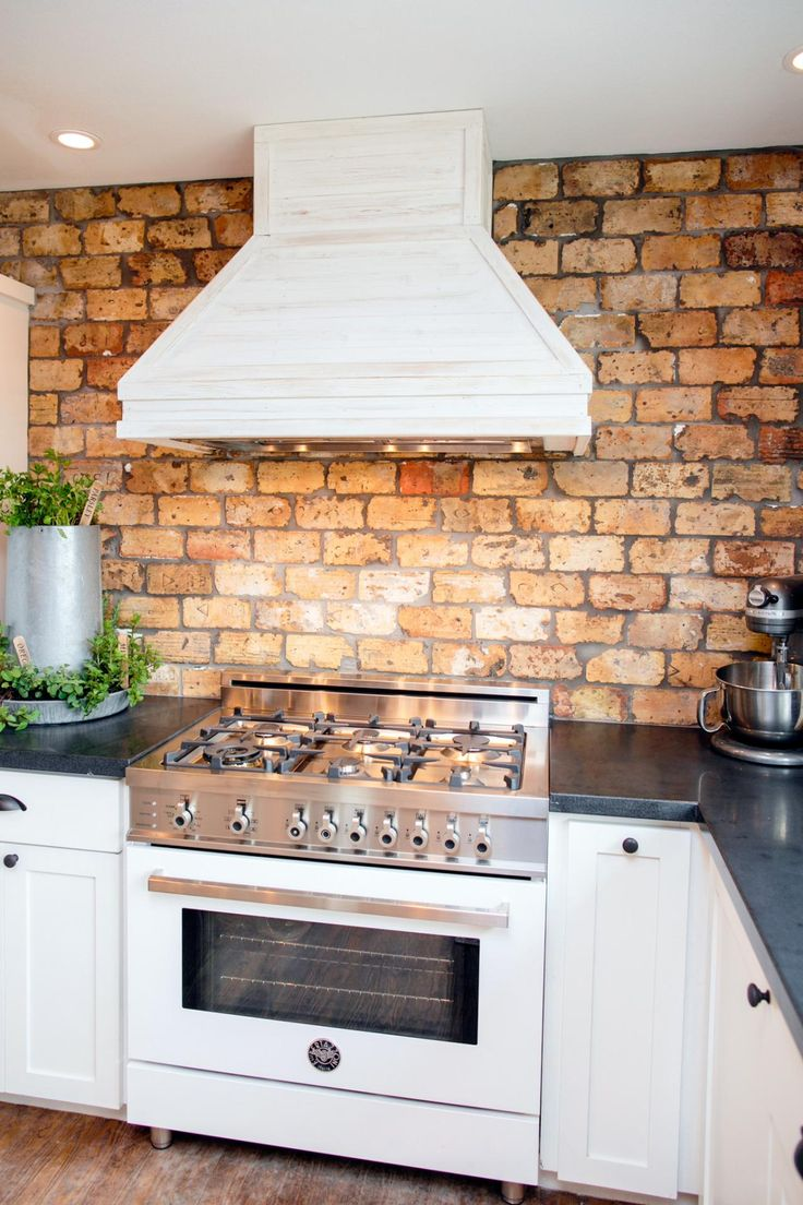 Best 25 faux brick backsplash ideas on pinterest white brick backsplash kitchen backsplash - White brick backsplash ...