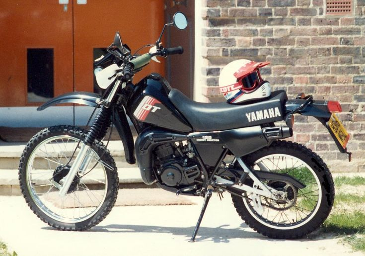 yamaha dt 125 lc 1983 bikes motorbikes motorcycles. Black Bedroom Furniture Sets. Home Design Ideas