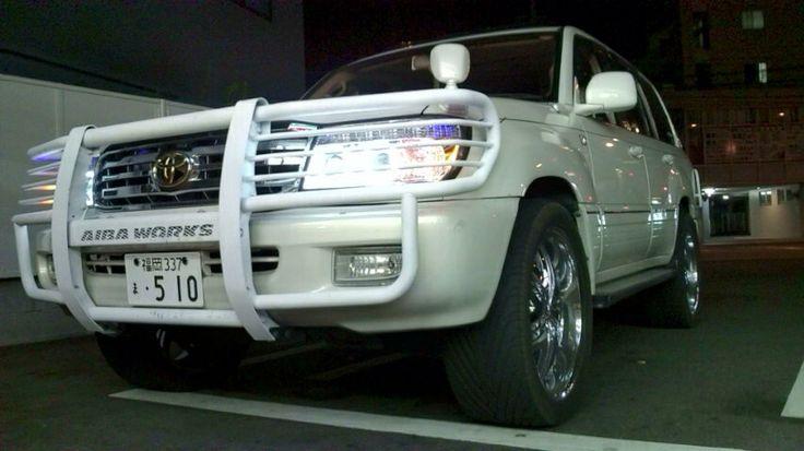 TOYOTA LAND CLUISER 100 V8