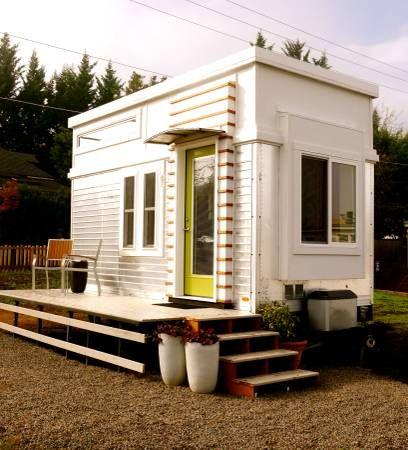 200-sf-modern-tiny-house-for-sale-in-ashland-oregon-0018