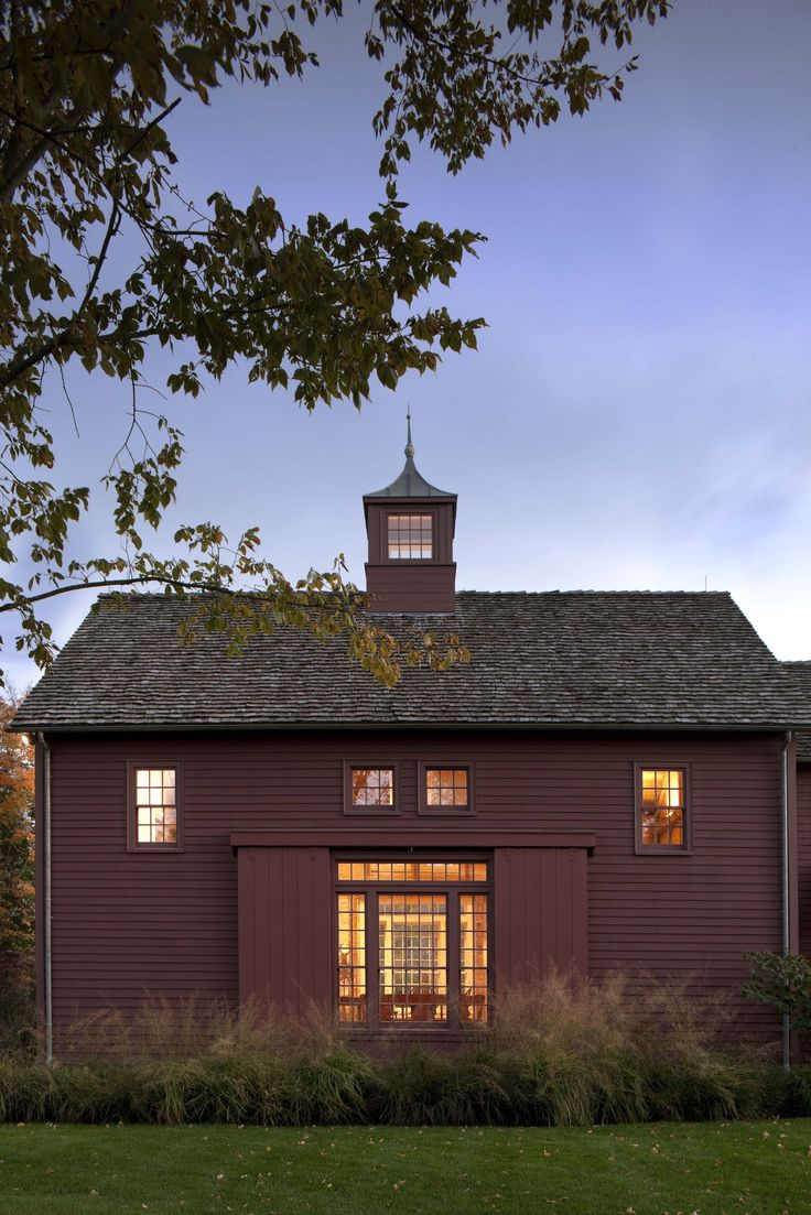 New Ancillary Buildings for an 18th Century Farm in Southern New England