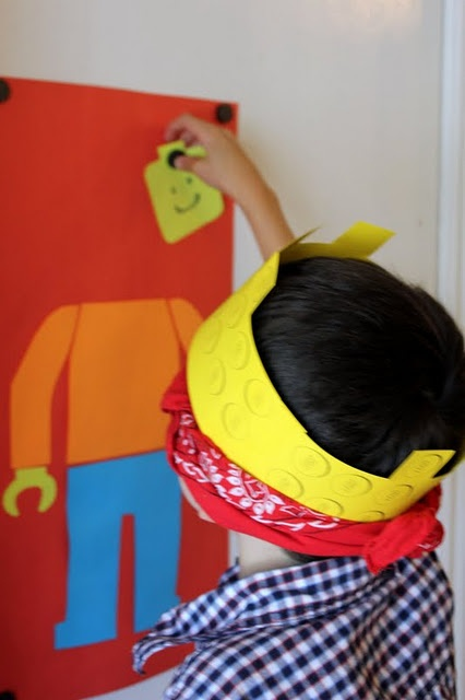 Pin the head on the Lego character. #LegoDuploParty