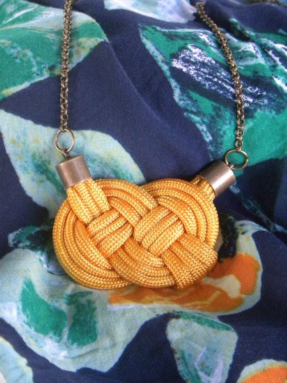 The Ruby : Parachute Cord Pendant Necklace | jessphelan.etsy.com | $20
