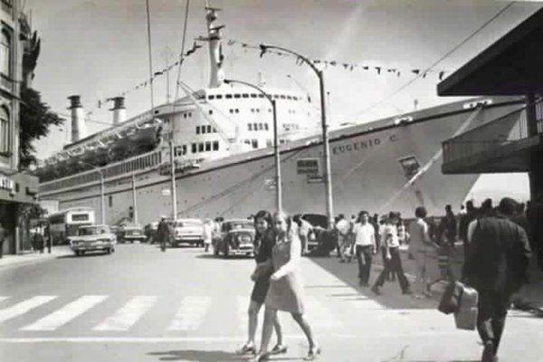 Karaköy Limanı (1971) #istanbul #istanlook #birzamanlar #oldpics #life #hayat #70s